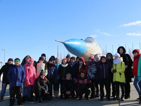 Нефтяники Ямала подарили детям тундровиков поездку в Губкинский