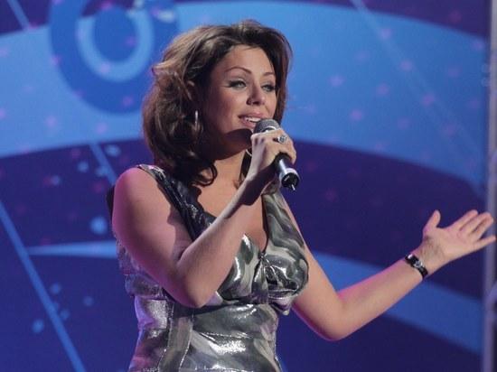 Алла Пугачева помогла семье Юлии Началовой похоронить певицу