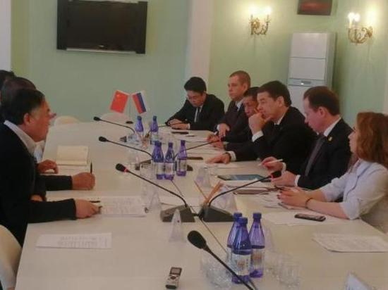 Проект солнечной электростанции обсудили в Забайкалье с инвестором из КНР