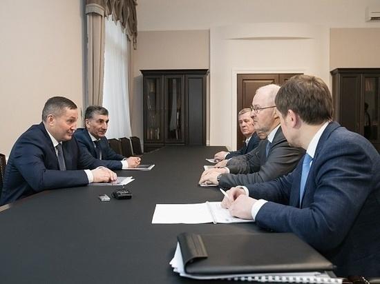 Бочаров и Троценко обсудили план развития волгоградского авиаузла