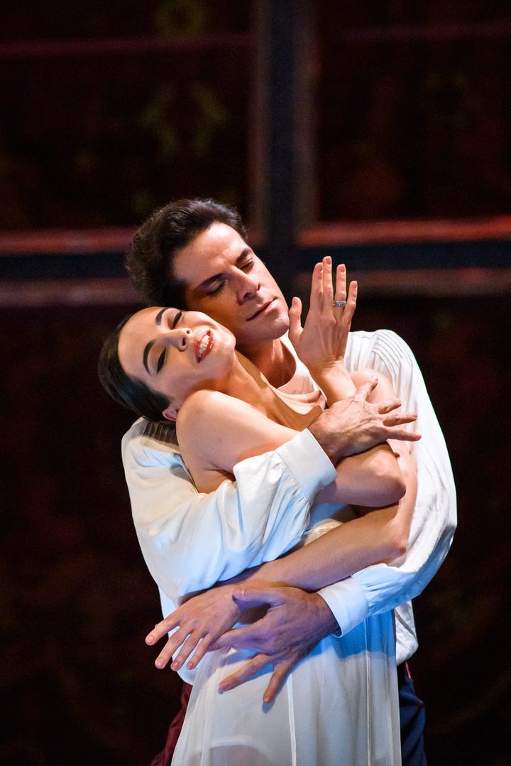 Российский хореограф поставил балет об изгнанной иранской императрице