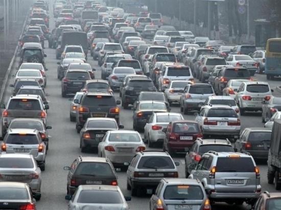 Автомобили в Волгограде подорожали на 4,3%