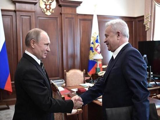 Президент РФ Владимир Путин провел встречу с главой компании «ЛУКОЙЛ» Вагитом Алекперовым