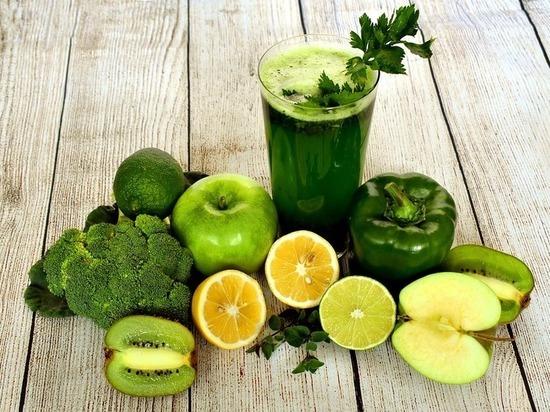 Как заменить вредные пищевые привычки полезными, рассказали волгоградцам