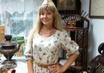 Сексуальная учительница из Барнаула получает на новой работе 14 тысяч рублей