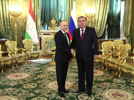 Путин провел переговоры с президентом Таджикистана
