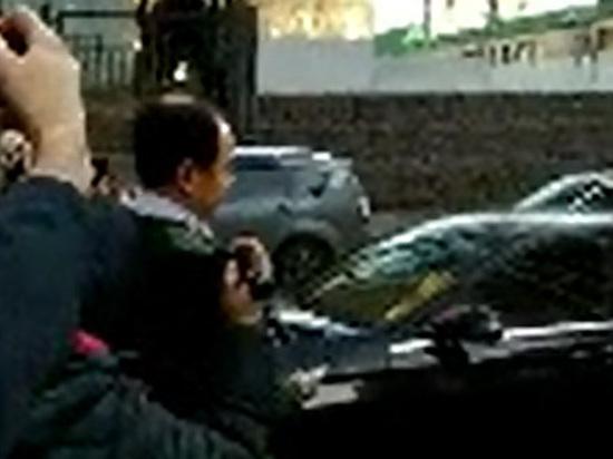 Избитый Кокориным чиновник Пак обвинил его в угрозе убийства