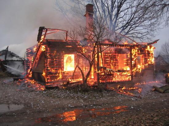 В Мордовии пожар уничтожил сразу семь домов