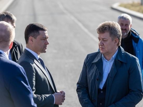 Не воровать и не выкраивать призвал подрядчиков по ремонту дорог Михаил Ведерников
