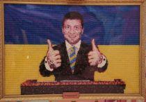 В Петербурге создали сладкий портрет Зеленского из конфет Порошенко