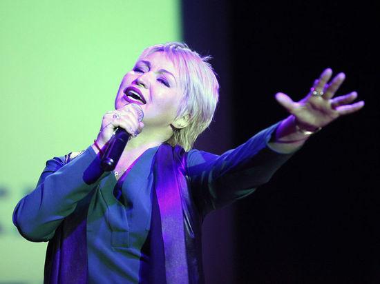 Катя Лель: «Те годы, которые меня не пускали на сцену, пошли на пользу»