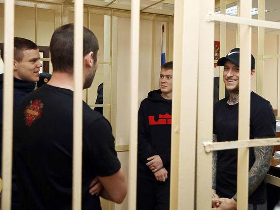 В деле Кокорина и Мамаева появились новые видео: мат и побои