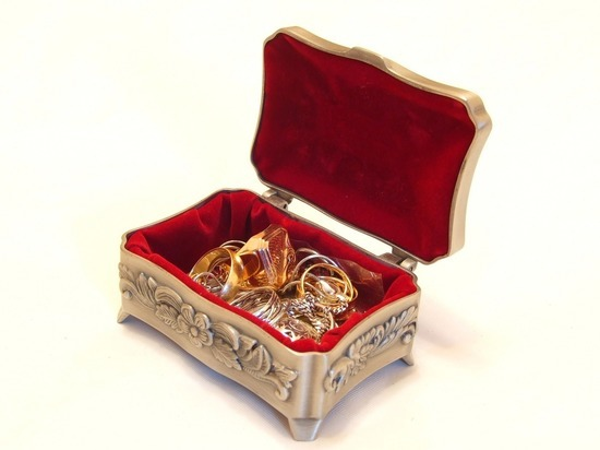 Рязанец украл у москвички драгоценности на 4 миллиона рублей