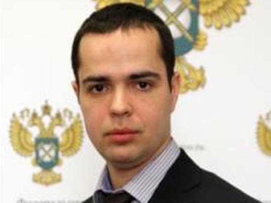 Подробности избиения чиновника ФАС: в квартиру пытался проникнуть «липовый» курьер