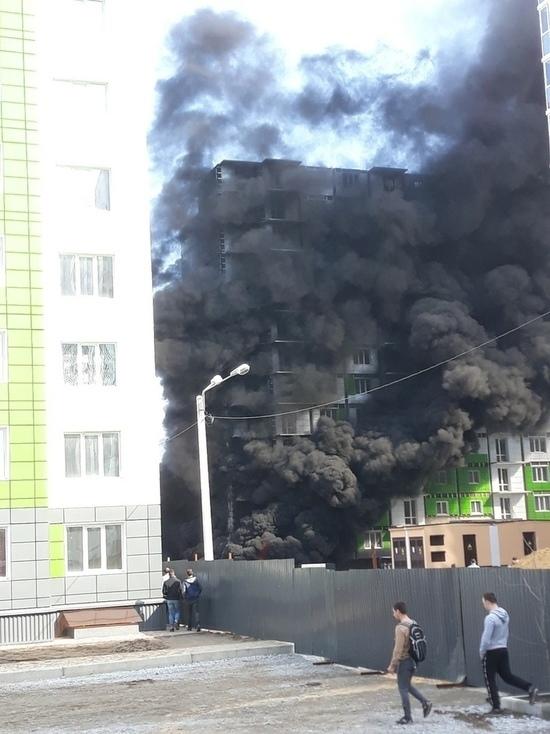В Воронеже на Московском проспекте произошел крупный пожар