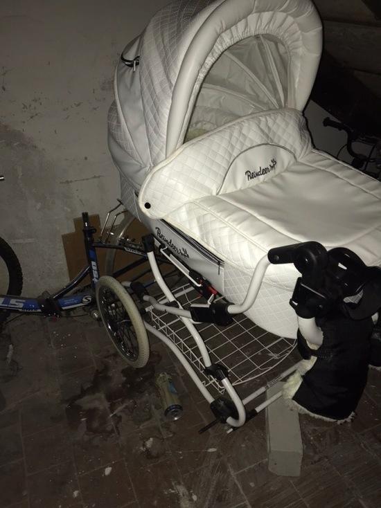 В Лабытнанги ищут похитителя колес детской коляски