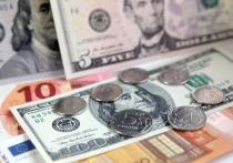 Доллар за 70: рублю предрекли сильное падение летом