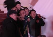«Это Улан-Удэ»: на бойцовском турнире в ФСК выключили свет в разгар схватки