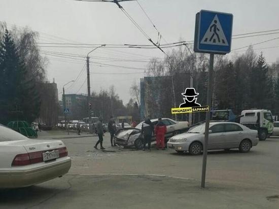 ДТП с пострадавшими произошло в Барнауле