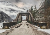 «Автомобильные дороги Пскова» отремонтируют три моста в Псковской области