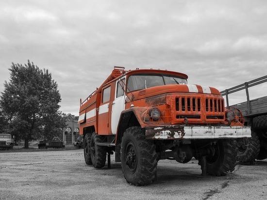 В Кемерове за сутки загорелись два автомобиля