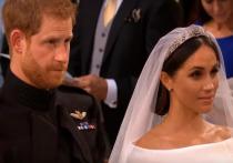 Букингемский дворец задумал отправить принца Гарри и Маркл в Африку на годы