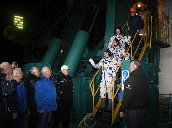 Скандал в центре подготовки космонавтов: жалуются Рогозину на недостроенный дом