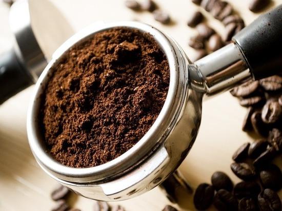 Медики советуют воздержаться от кофе по утрам