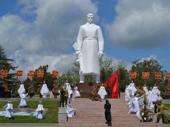 Крымску и Темрюку присвоили звание «Город воинской доблести»
