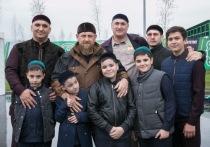 Кадыров: в Чечне считается неприличным не иметь в семье детей