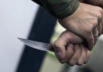 В Калининграде полицейский спас горожанина от бандита с ножом