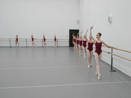 Ноябряне оттачивают хореографическое мастерство в Сочи