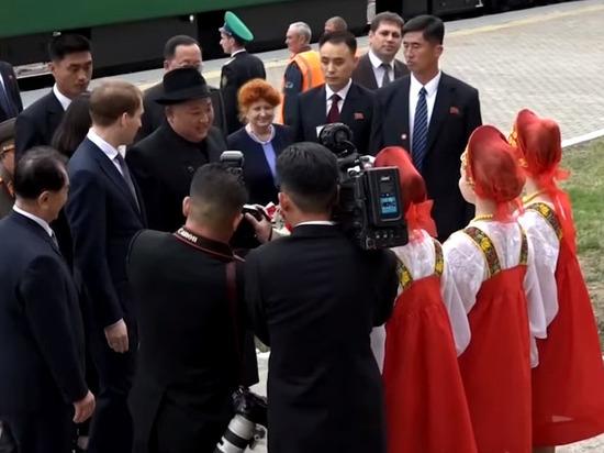 Бронепоезд Ким Чен Ына прибыл на вокзал Владивостока