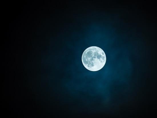 Китай запланировал в ближайшие годы отправить человека на Луну