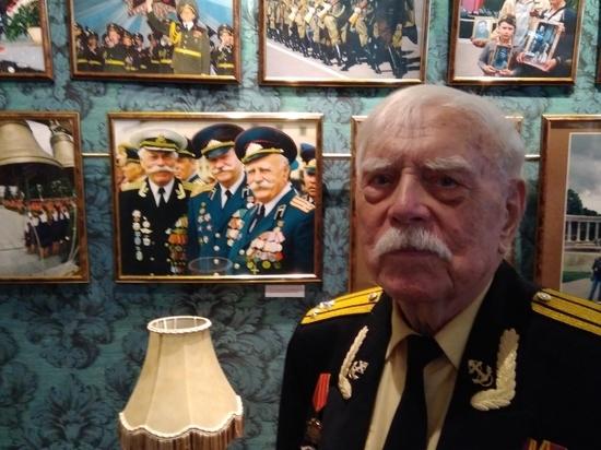 В Челябинске открылась выставка мэтра фотографии Сергея Васильева «Помнит мир спасенный»