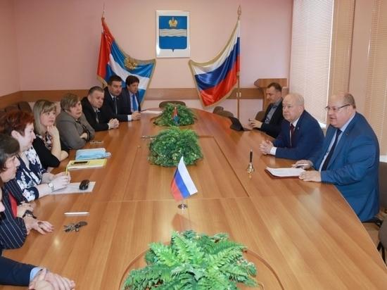 Калужские депутаты за свой счет отправят детей центра