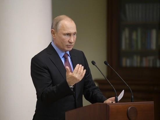 Путин объяснил выдачу паспортов жителям Донбасса гуманитарной миссией
