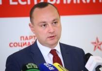 Влад Батрынча:  «Готовы ли ACUM бороться  с олигархическим режимом?»