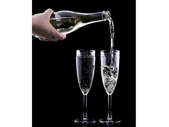 Победителям Кубка Англии будут вручать безалкогольную шипучку вместо шампанского