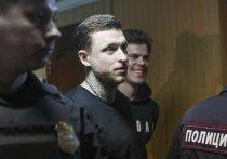 В Пресненском суде на процессе по делу о хулиганстве футболистов продолжился допрос одного из обвиняемых, Павла Мамаева