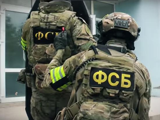 """Высокопоставленный ФСБшник погорел на взятках: """"Рубят предателей, как капусту"""""""