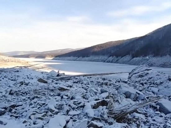 Ученые будут искать места возможного схода оползней на реке Бурея