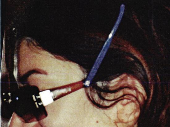 Столичный изобретатель придумал очки, которые помогут убрать волосы со лба