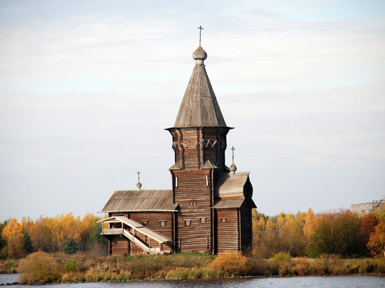 В России сгорело сорок пять Нотр-Дамов: кто их восстановит