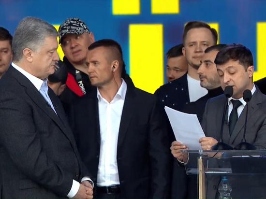 Председатель КНР поздравил Зеленского с победой на выборах президента Украины