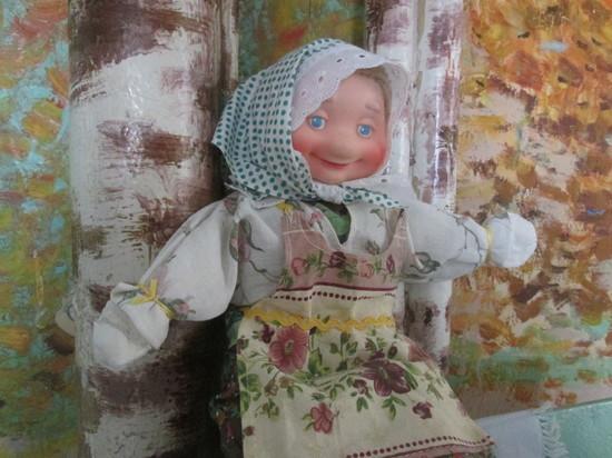 """""""Посиделки у бабушки Пелагеи"""": дай, Бог, жениха хорошего, в сапогах и с калошами"""