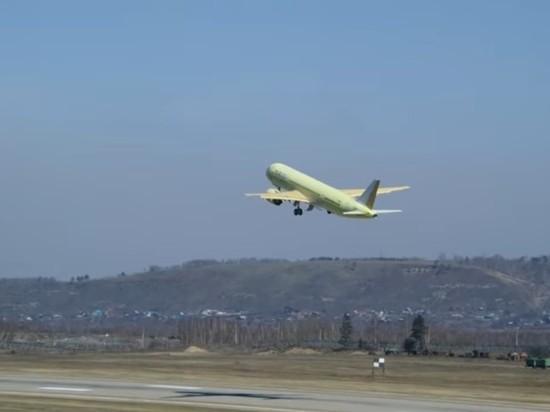 Появилось видео тестового полета лайнера МС-21-300