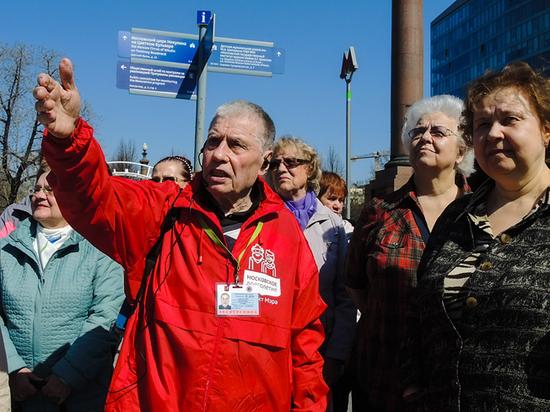 Александр Петрович может рассказать, где в столице была своя «Улица красных фонарей»