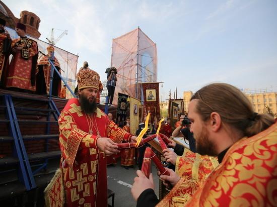 3,5 тысячи волгоградцев приняли участие в Пасхальном крестном ходе