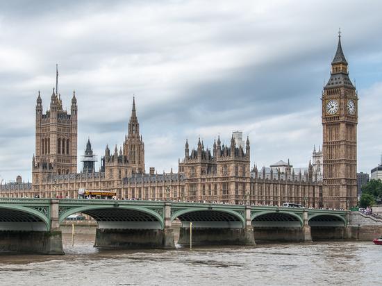 Sunday Times: Лондон ограничит лоббирование интересов Москвы и Пекина